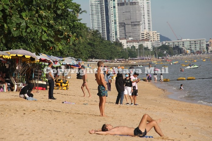 It was also good to see Europeans on the beach. Apparently they loved the sunshine.