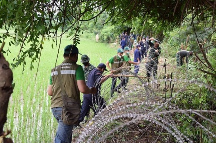 Thai authorities step up screening of illegal migrants in border and inner areas and check workplaces including fishing premises as more illegal migrant workers were sneaking into the country when disease control lockdown measures were eased.