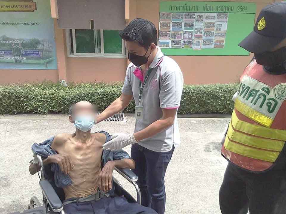 t 09 Bangkok provides healthcare food and shelters to homeless people3